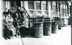 Photograph of Millie Harford, Joe Simon, Jeannette Sanger, Ned O'Gorman and others at the Ricardo O'Gorman Garden and Center by Joyce Ravid, 2000.